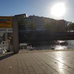 Ausruhen an der Uferpromenade